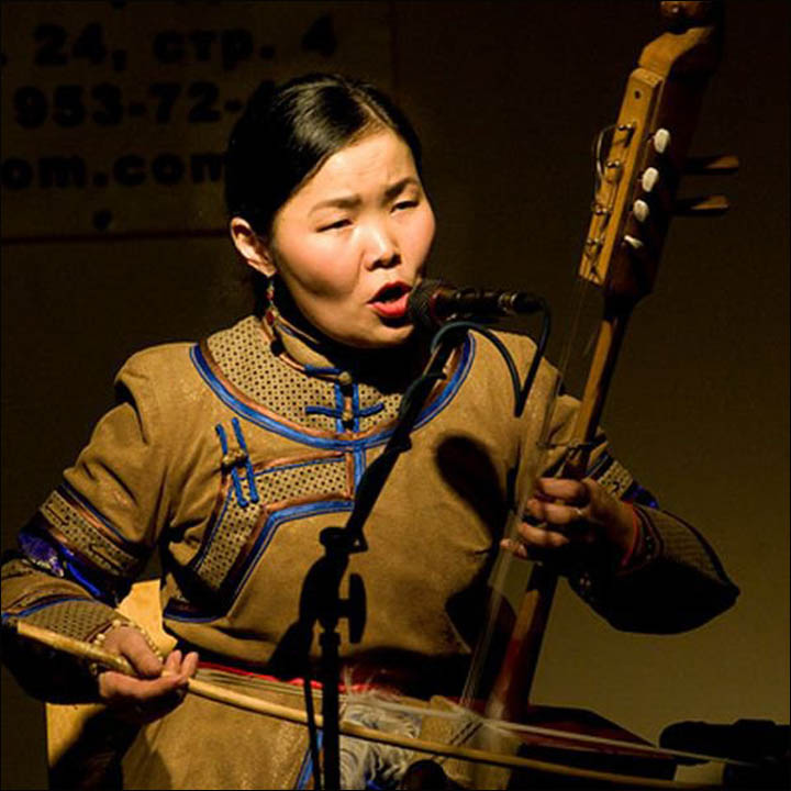 inside_Throat singing-Tuva-Choduraa Tumat-tuvaonline.jpg SECRET 2